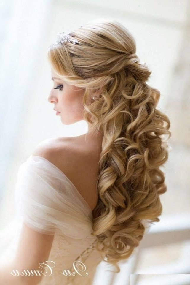 Exclusively Most Enchanting Princess Hairstyles | Trendy Mods Regarding Princess Tie Ponytail Hairstyles (View 14 of 25)
