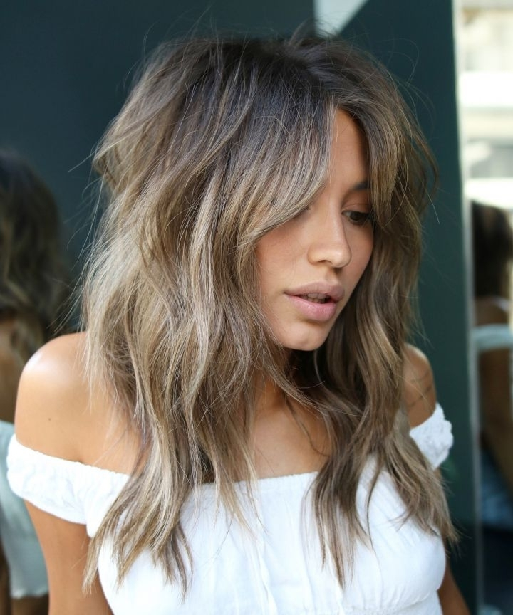 Hair Color Trends For Fall And Winter 2018 – Highlights With Dirty Blonde Hairstyles With Subtle Highlights (View 20 of 25)