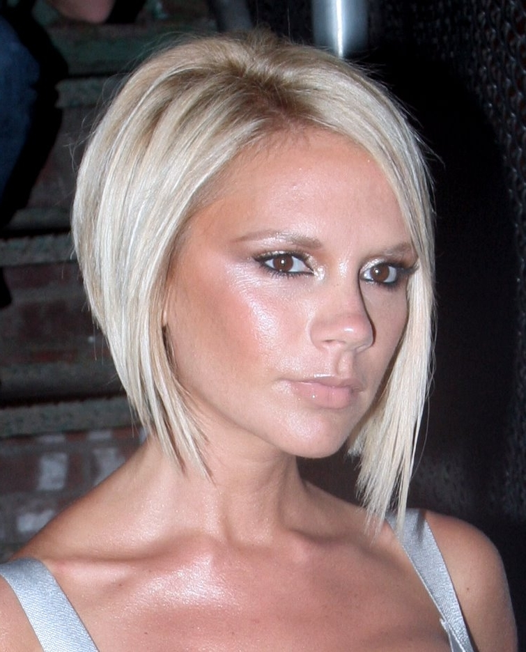 Haircuts And Hairstyles: Victoria Beckham Short Blonde Bob Haircuts Inside Posh Bob Blonde Hairstyles (View 10 of 25)