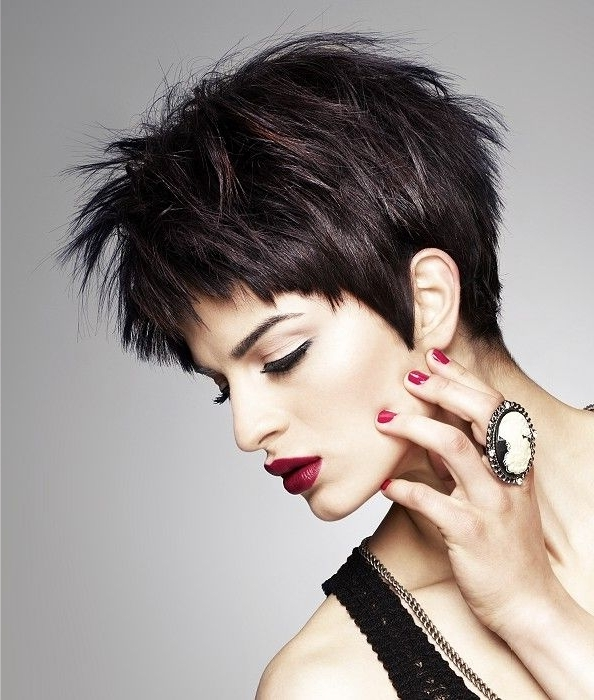 Hairstyle: Shocking Short Dark Hairstyles Tahun (2018,2019) Short In Latest Choppy Asymmetrical Black Pixie Hairstyles (View 23 of 25)