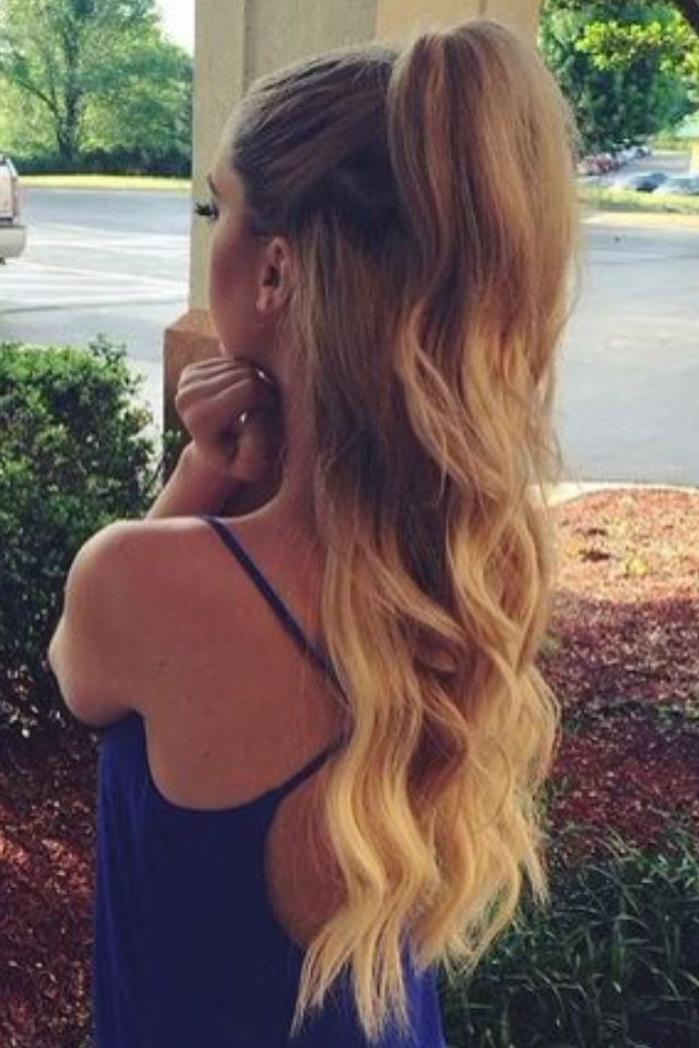 Half Up Half Down Omber Wavy Hair #gorgeoushair | Hair | Pinterest Intended For Half Up Curly Do Ponytail Hairstyles (View 15 of 25)