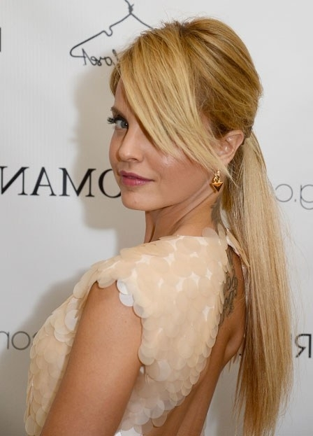 Here's An Easy Hair Equation For You: Low Ponytail + Side Swept Intended For Sleek Pony Hairstyles With Thick Side Bangs (View 16 of 25)