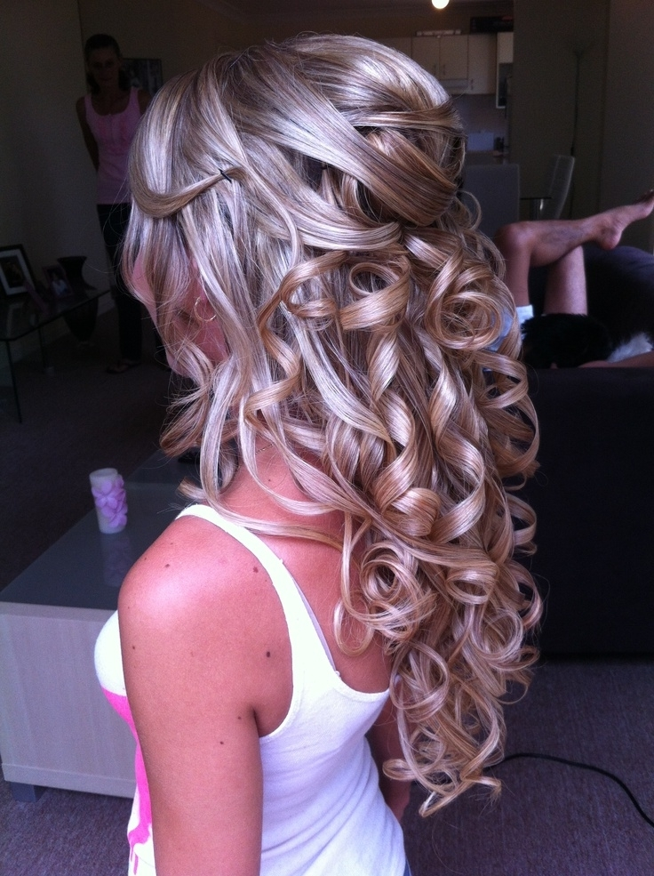 Hlf Up Half Down Hairstyle Prom – Thewolfian Fashion Mag With Ash Blonde Half Up Hairstyles (View 17 of 25)