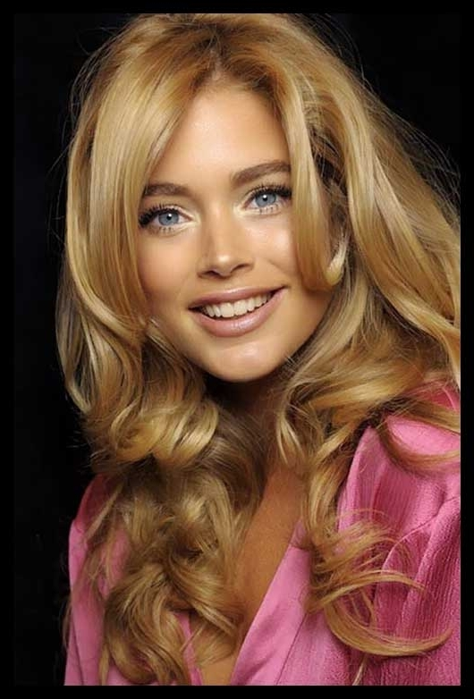 Honey Buttery Blonde Hair Color Ideas | Hairstyle Ideas Pertaining To Buttery Blonde Hairstyles (View 24 of 25)