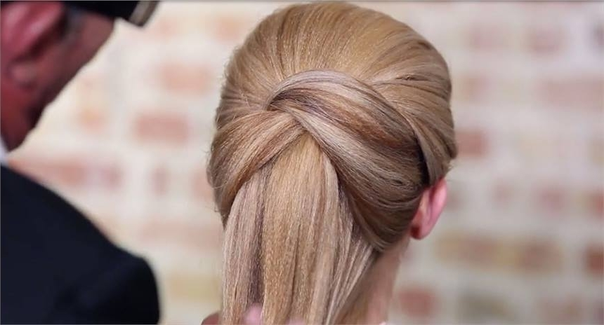 How To: Crossover Loop Ponytail From Sam Villa – Hairstyling & Updos Intended For Loose And Looped Ponytail Hairstyles (View 13 of 25)