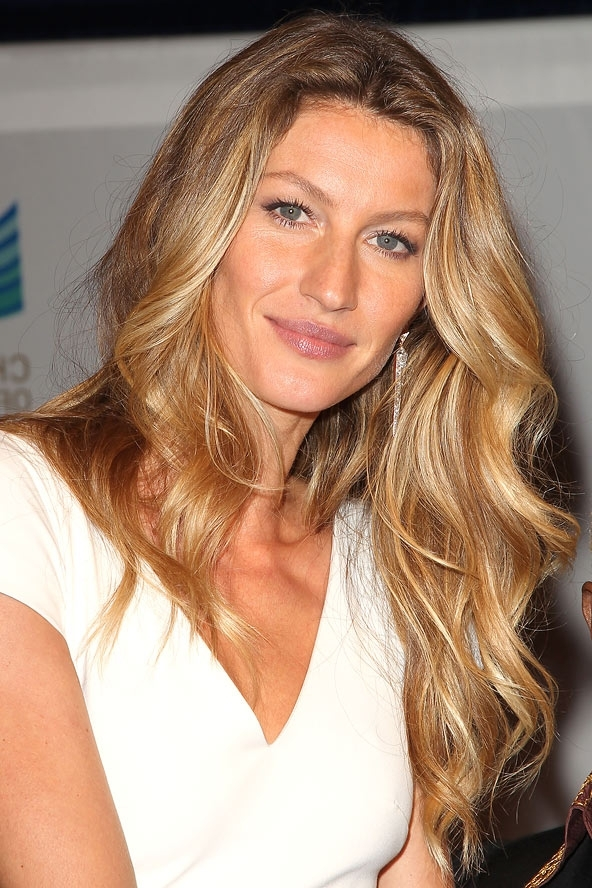 """How To Go From Platinum Blonde To """"bronde"""" Ombre – Chic Nail Styles Inside Bronde Beach Waves Blonde Hairstyles (View 17 of 25)"""