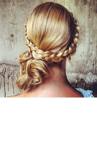 Instagram Wedding Pictures – Photo App Trends | Style Inspiration With Regard To Fabulous Bridal Pony Hairstyles (View 25 of 25)