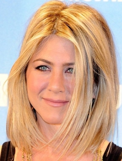 Jennifer Aniston Lob Hairstyle - Casual, Everyday - Careforhair.co.uk in Blonde Lob Hairstyles With Middle Parting