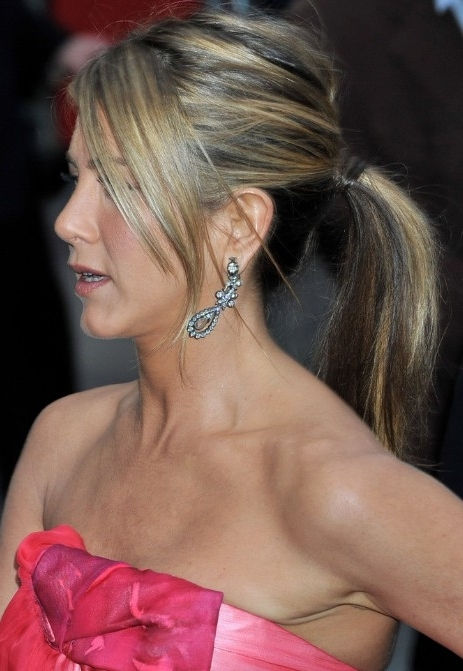 Jennifer Aniston Ponytail Hairstyles With Side Swept Bangs For Side Swept Pony Hairstyles (View 9 of 25)