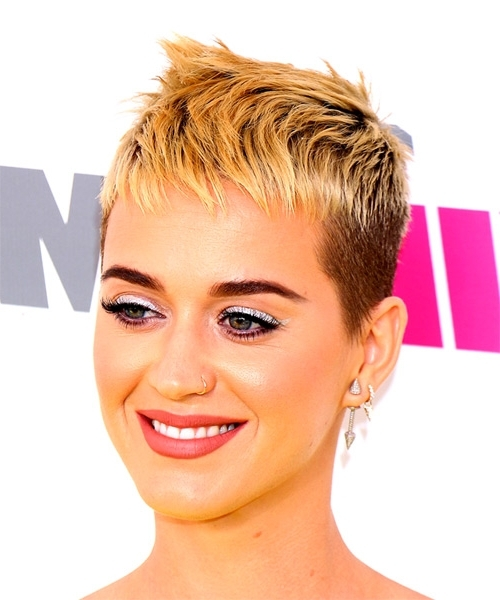 Katy Perry Short Straight Alternative Pixie Hairstyle With Razor Cut For 2018 Finely Chopped Buttery Blonde Pixie Hairstyles (View 14 of 25)