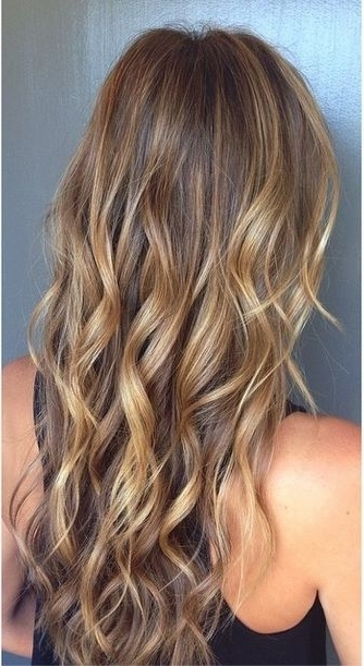 Kissedthe Sun Highlights | Hairstyles | Pinterest | Kiss, Hair With Regard To Sun Kissed Blonde Hairstyles With Sweeping Layers (View 5 of 25)
