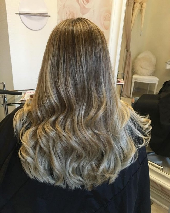 Light And Dark Ash Blonde Hair Colors For 2018 – Best Hairstyle Models In Light Ash Locks Blonde Hairstyles (View 6 of 25)