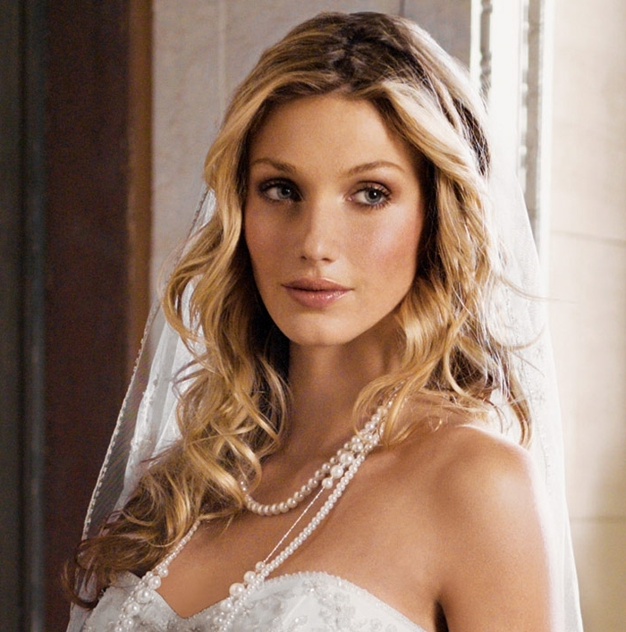 Long Blonde Bridal Hairstyle With Long White Veil | Ipunya Within White Wedding Blonde Hairstyles (View 25 of 25)