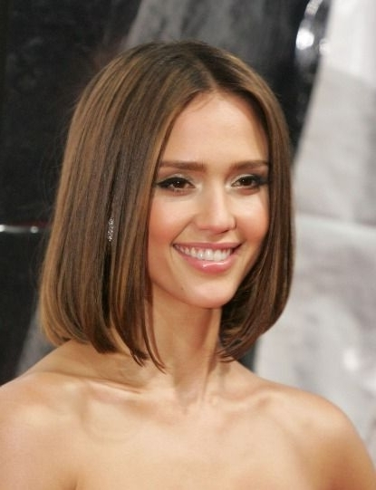 Long Bob Middle Part | Hair | Pinterest | Long Bob, Bobs And Haircuts Throughout Blonde Lob Hairstyles With Middle Parting (View 11 of 25)