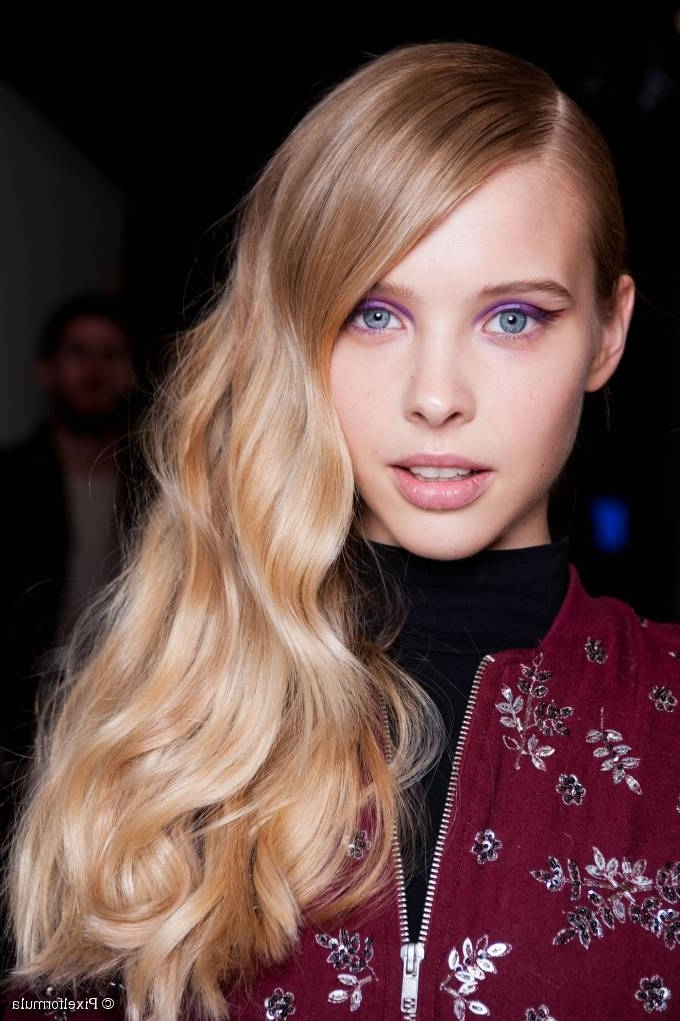 Long Wavy Side Swept Hair: The Most Feminine Side Hair Style Regarding Side Swept Warm Blonde Hairstyles (View 15 of 25)