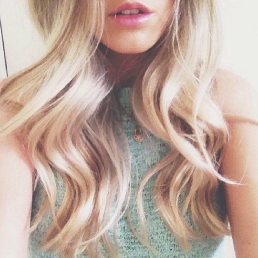 Loose Blonde Curls | My Style | Pinterest | Blonde Curls, Blondes Intended For Loosely Coiled Tortoiseshell Blonde Hairstyles (View 3 of 25)