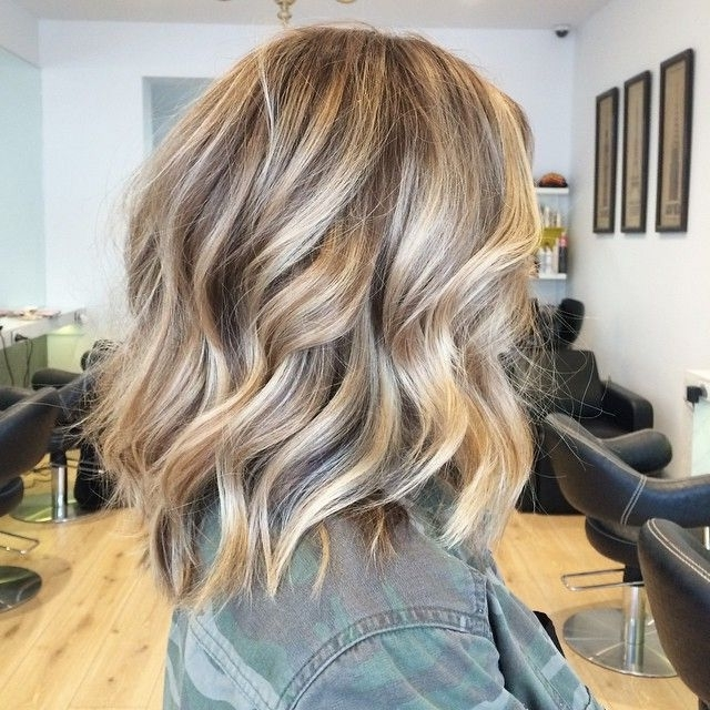 Love! Highlights Low Lights Balayage   Cortes De Cabelo Médio Rosto Inside Long Bob Blonde Hairstyles With Babylights (View 8 of 25)