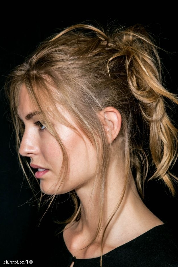 Messy High Ponytail Look (View 20 of 25)