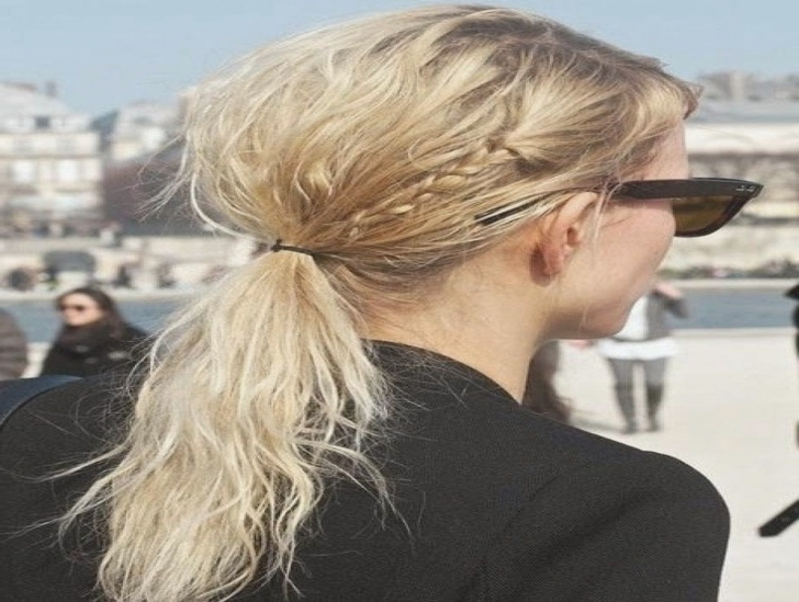 Messy Low | Pinterest | Bun Hair, Hair Inspiration And Messy Pertaining To Low Messy Ponytail Hairstyles (View 16 of 25)