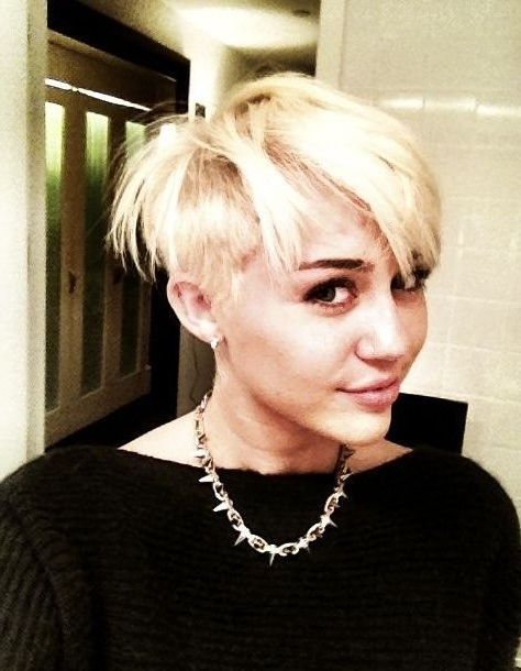 Miley Cyrus Shocks With Punk Rocker Pixie Haircut | Popdirt With Regard To Latest Rocker Pixie Hairstyles (View 9 of 25)