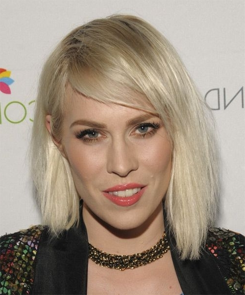 Natasha Bedingfield Medium Straight Casual Bob Hairstyle – Light For Casual And Classic Blonde Hairstyles (View 22 of 25)