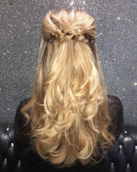 New Year's Eve Hair Ideas: 7 Inspirational Looks For 7 Party Occasions With Half Updo Blonde Hairstyles With Bouffant For Thick Hair (View 15 of 25)