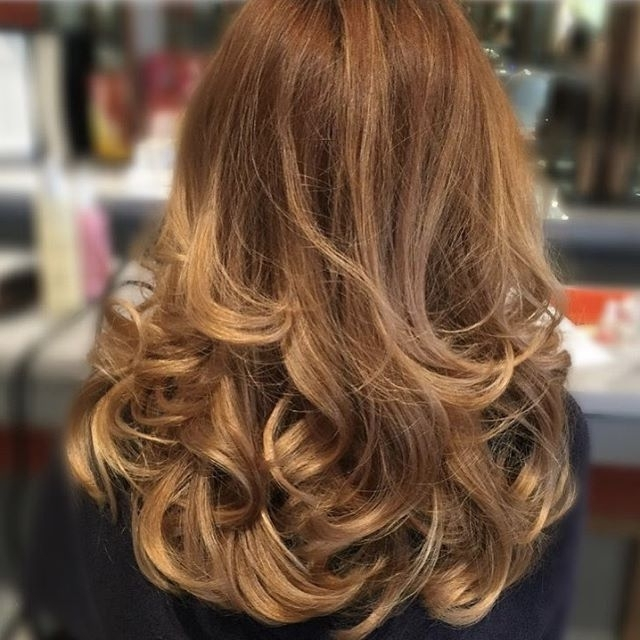 Pinmichele Christensen On Beauty In 2018 | Pinterest | Blow Dry Regarding Pearl Blonde Bouncy Waves Hairstyles (View 24 of 25)