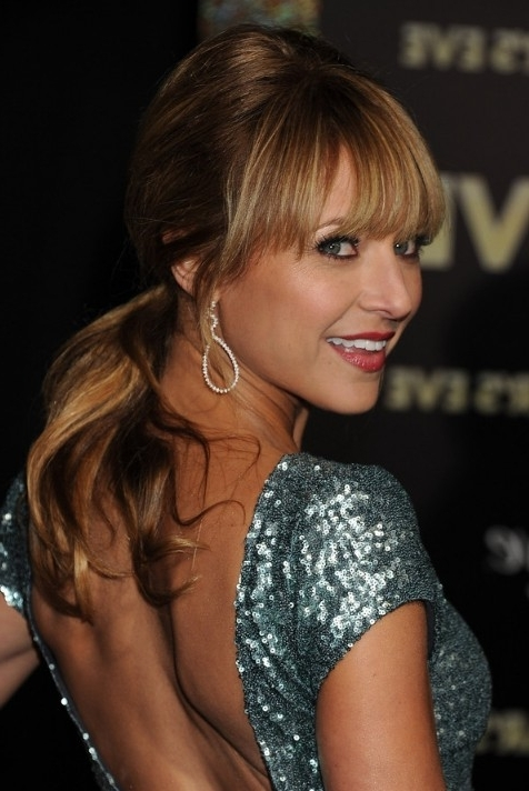 Ponytail Hairstyles – Hairstyles Weekly Inside Low Loose Pony Hairstyles With Side Bangs (View 17 of 25)