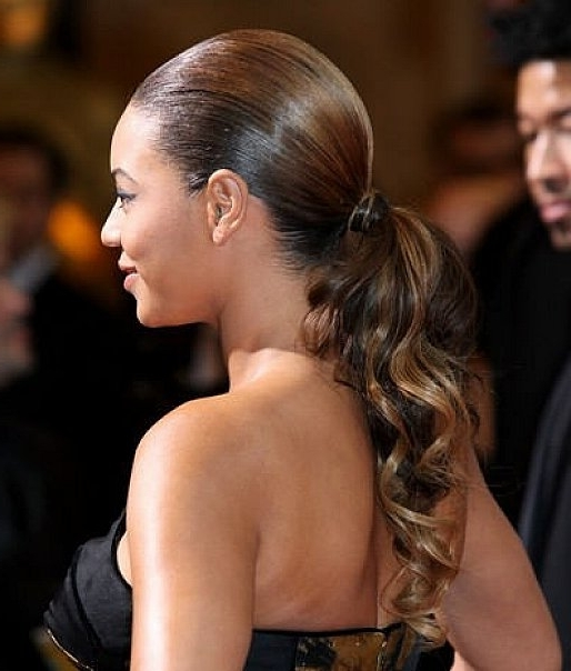 Ponytail Hairstyles – Style Samba In Low Ponytail Hairstyles With Waves (View 21 of 25)