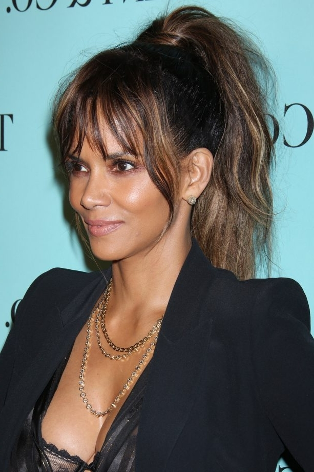 Ponytails: The Best Celebrity Looks From The Red Carpet Inside Stylish Supersized Ponytail Hairstyles (View 16 of 25)