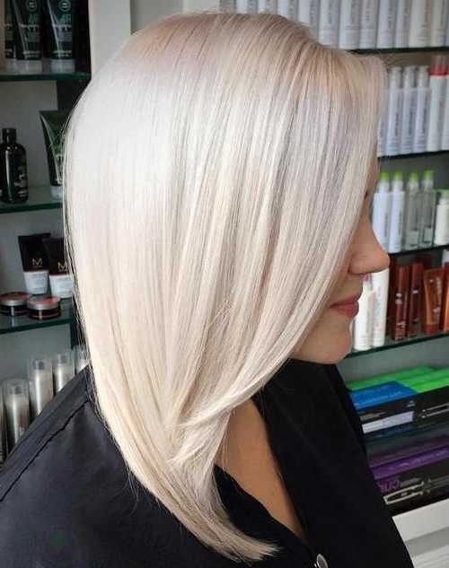 Featured Photo of Pretty Smooth Criminal Platinum Blonde Hairstyles