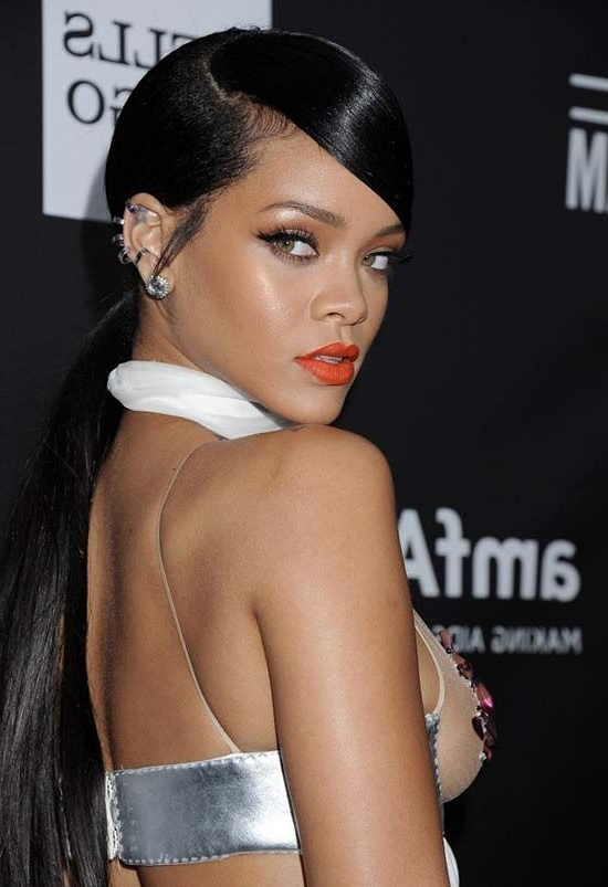 Rihanna Inspired Side Sleep Ponytail: How To Make It In A Good Way? In Long And Sleek Black Ponytail Hairstyles (View 5 of 25)