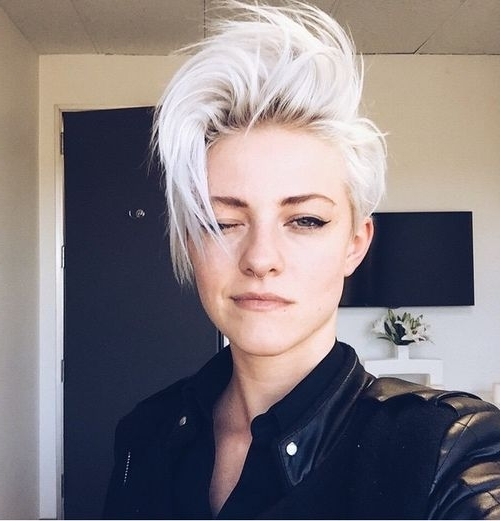 Rocker Estilo | Cortes | Pinterest | Rockers, Hair Style And Pixies Pertaining To 2018 Rocker Pixie Hairstyles (View 3 of 25)
