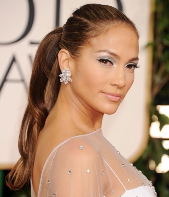 Runway Ponytail – 8 Gorgeous And Easy 5 Minute Hairstyles  … Within Glamorous Pony Hairstyles (View 24 of 25)