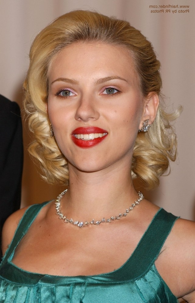 Scarlett Johansson Sporting A Retro Glam Hairstyle And How To Do It Regarding Retro Glam Ponytail Hairstyles (View 19 of 25)