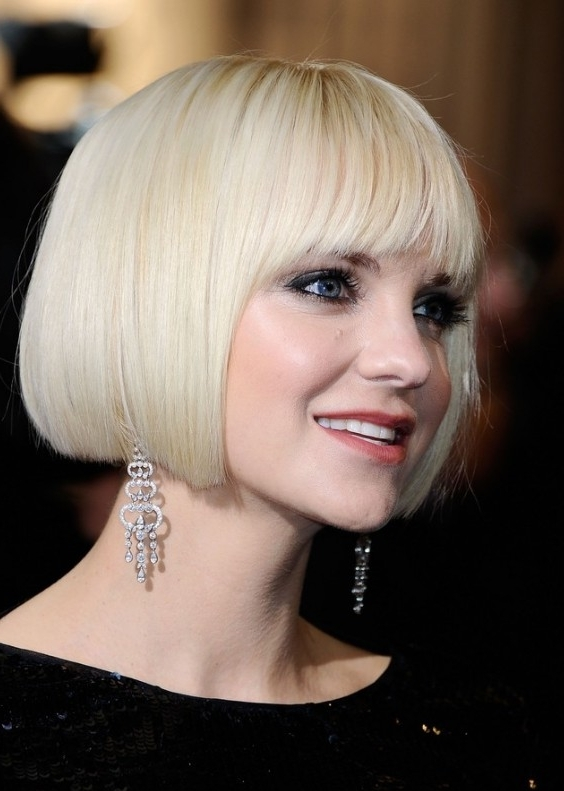 Short Blunt White Bob Hairstyle – Hairstyles Weekly Pertaining To White Blunt Blonde Bob Hairstyles (View 6 of 25)