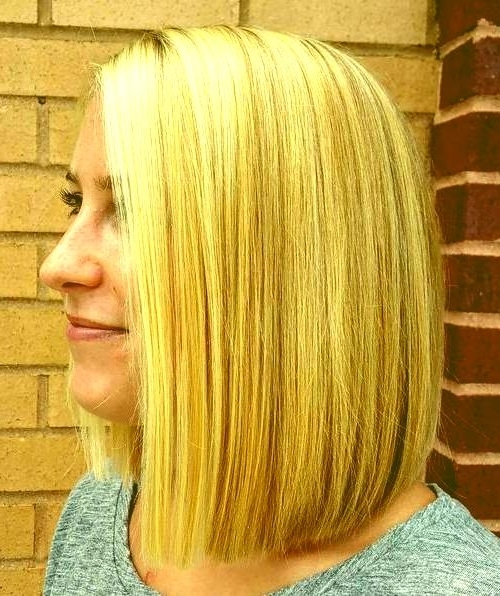 Side Part Long Bob Hairstyles 17 Long Blonde Blunt Bob With Pertaining To Long Bob Blonde Hairstyles With Lowlights (View 15 of 25)