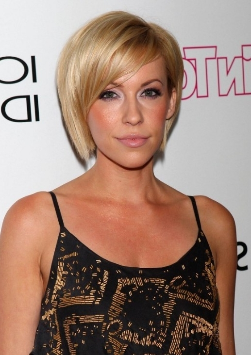 Sleek Side Parted, Blonde Asymmetric Blonde Bob Cut : Farah Fath's Inside Recent Side Parted Blonde Balayage Pixie Hairstyles (View 9 of 25)
