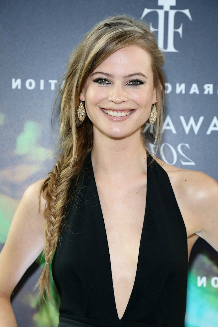Stylenoted | Celebrity Hairstyles: Behati Prinsloo's Side Fishtail Braid Pertaining To Wavy Side Fishtail Hairstyles (View 22 of 25)