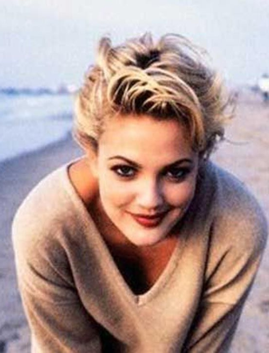 Top 17 Drew Barrymore Hairstyles & Haircuts Only For You ! In 2018 Throughout Paper White Pixie Cut Blonde Hairstyles (View 18 of 25)