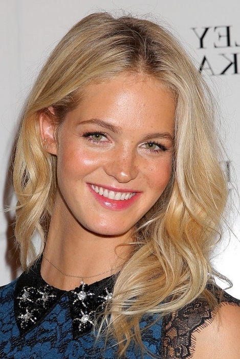Top 40 Best Hairstyles For Thick Hair   Styles Weekly With No Fuss Dirty Blonde Hairstyles (View 24 of 25)