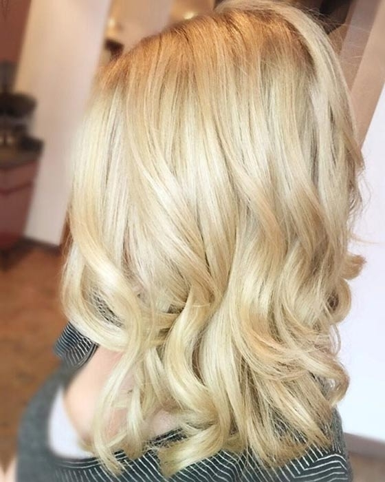 Top 40 Blonde Hair Color Ideas With Soft Flaxen Blonde Curls Hairstyles (View 15 of 25)