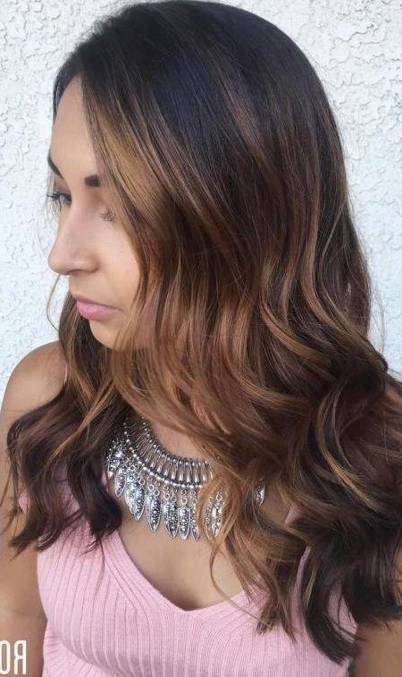 Trendy Caramel Hair Color For 2018 | ****hair – Beauty – Make Up Within Dark Locks Blonde Hairstyles With Caramel Highlights (View 7 of 25)