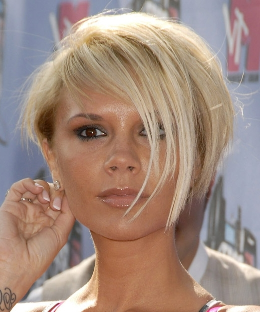 Victoria Beckham Short Straight Casual Layered Bob Hairstyle With For Posh Bob Blonde Hairstyles (View 15 of 25)