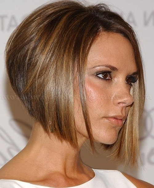 Victoria Beckham's Hair: Some Of Her Best Styles Over The Years Within Posh Bob Blonde Hairstyles (View 12 of 25)