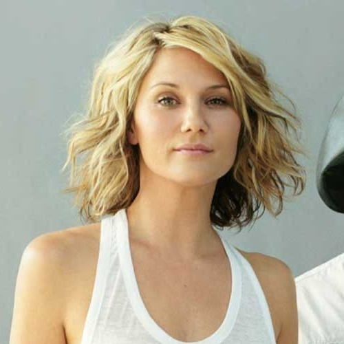 Wavy Blonde Bob Hairstyles Picture Gallery Within Wavy Blonde Bob Hairstyles (View 16 of 25)