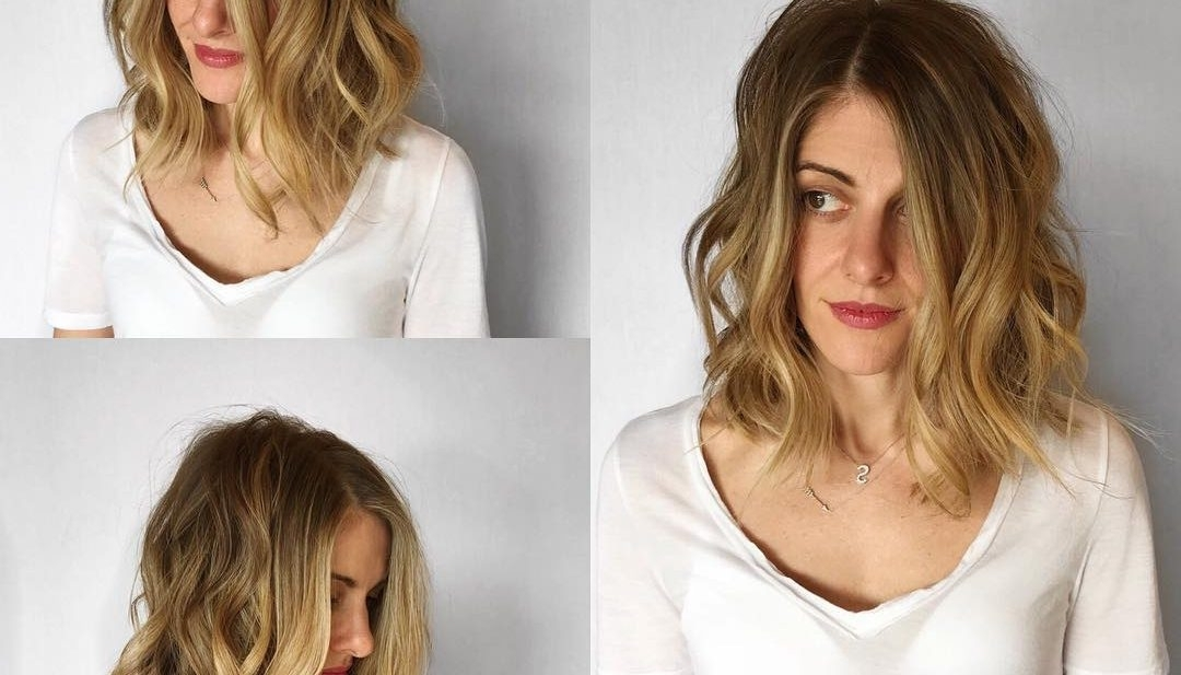 Women's Undone Layered Lob With Textured Waves And Blonde Balayage Inside Ash Blonde Lob With Subtle Waves (View 23 of 25)