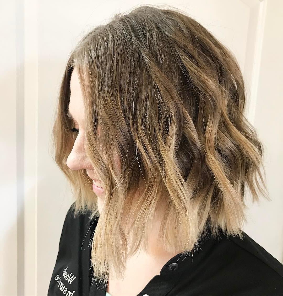 10 Beautiful Medium Bob Haircuts &edgy Looks: Shoulder Length For Soft Brown And Caramel Wavy Bob Hairstyles (View 14 of 25)