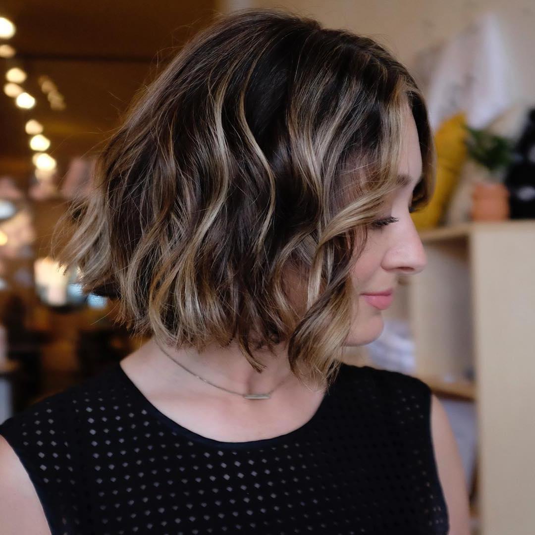 10 Beautiful Medium Bob Haircuts &edgy Looks: Shoulder Length With Regard To Wavy Sassy Bob Hairstyles (View 18 of 25)