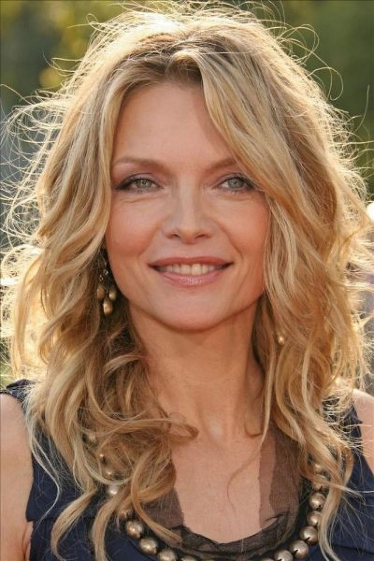 10+ Best Hairstyles For Women In Their 40S (View 8 of 25)
